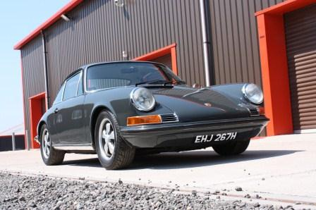 Two car classic car driving experience in E Type and Porsche 911