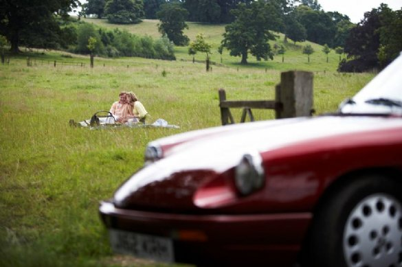 Great Escape classic car hire and places to stay for a weekend break in the Cotswolds