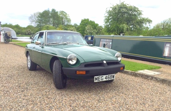 Great Escape Cars MGB GT green for self drive hire