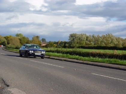 Great Escape Classic Car Hire Jensen Interceptor for self drive rental in the Cotswolds - Interceptor_will_cruise_all_day_long