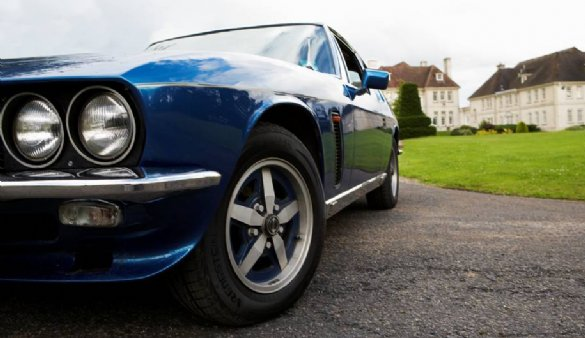 Drive a Jensen Interceptor for £49 - perfect Christmas gift