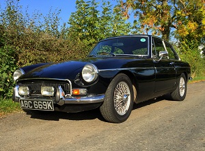 The perfect Christmas gift - classic MG hire