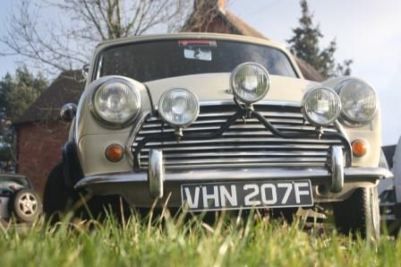 Classic Mini Cooper ideal for self drive wedding hire